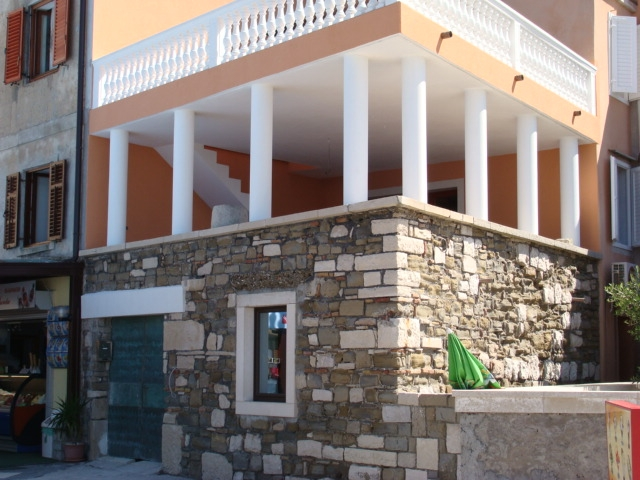 First floor apartment PIran